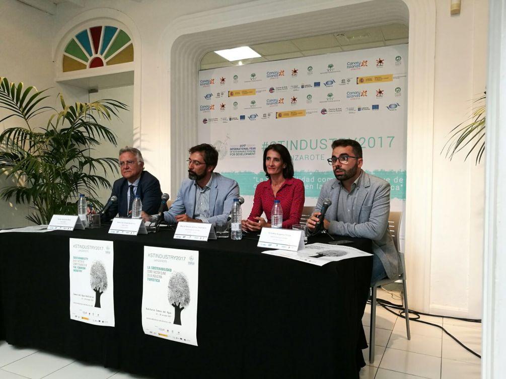 conferencia turismo sostenible arona